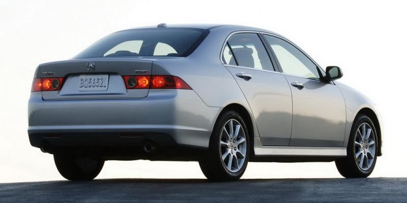 celebs-driving-cheap-cars-11.JPG