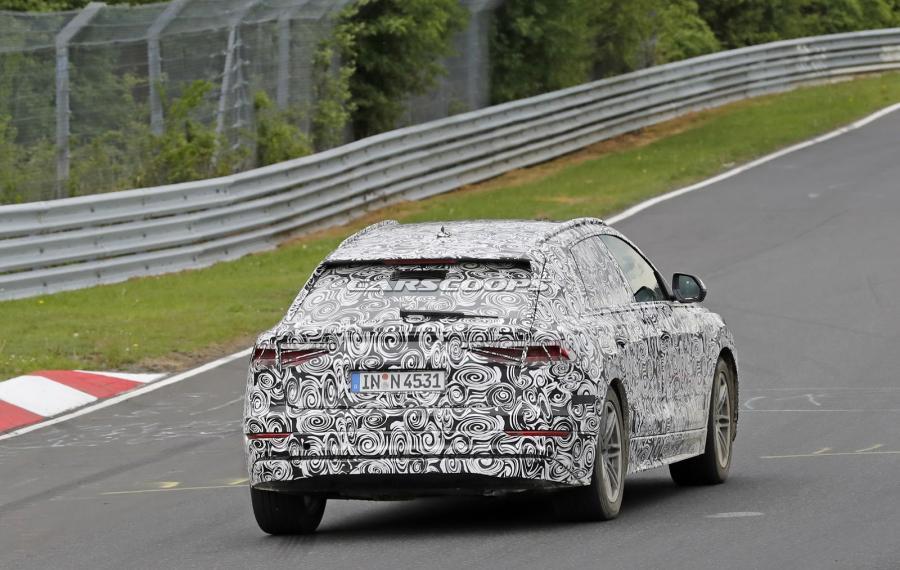 New-Audi-Q8-SUV-Spy-Int-11.jpg