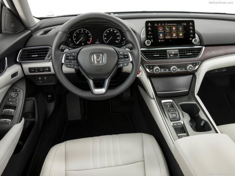 Honda-Accord-2018-1024-12.jpg