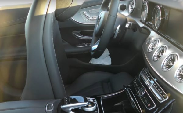 2018-mercedes-e-class-coupe-interior-spied-with-new-air-vents-third-side-window_1.jpg
