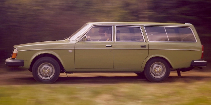 celebs-driving-cheap-cars-9.jpg
