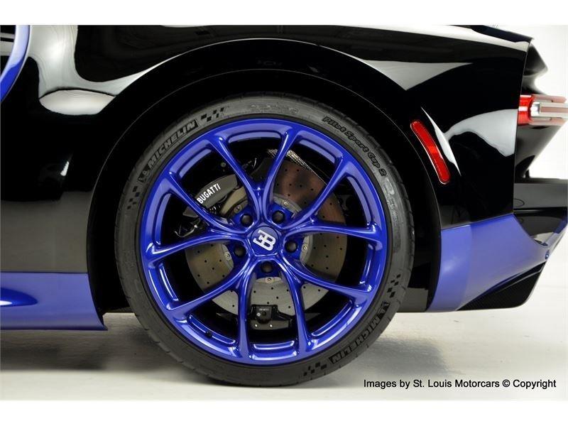 2d129647-bugatti-chiron-for-sale-8.jpg