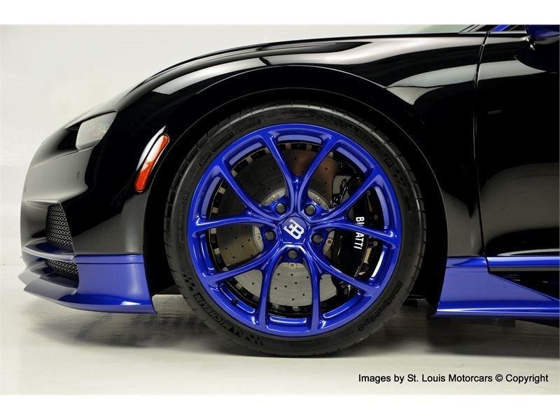 ccdba310-bugatti-chiron-for-sale-7.jpg