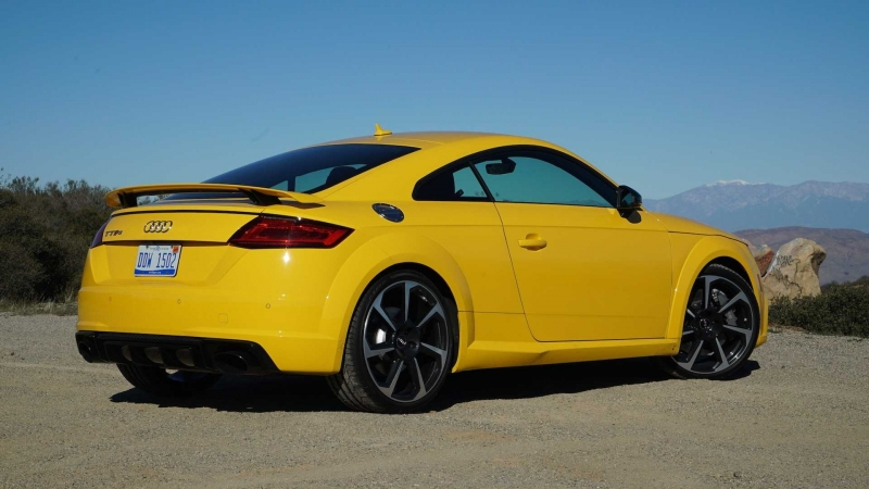 2018-audi-tt-rs-review.jpg